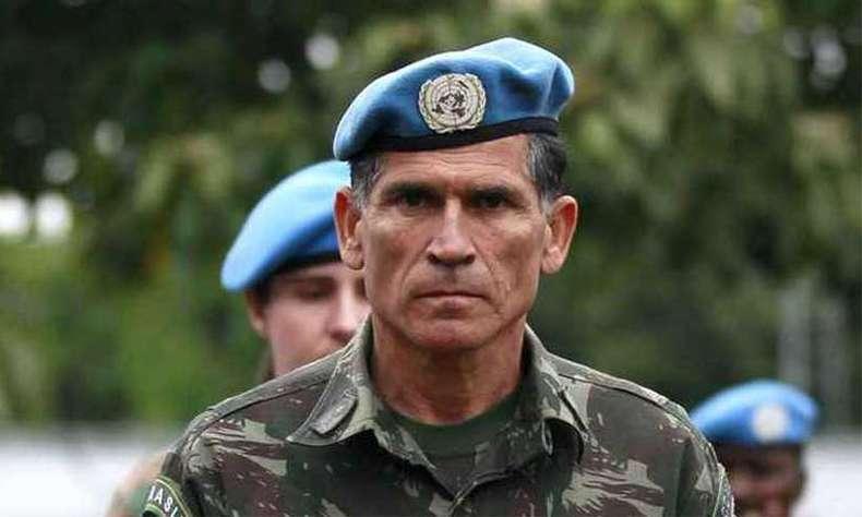 """Do General Santos Cruz sobre """"terrorismo"""" no Ceará: """"tem que ir pro confronto e os bandidos vão perder"""""""