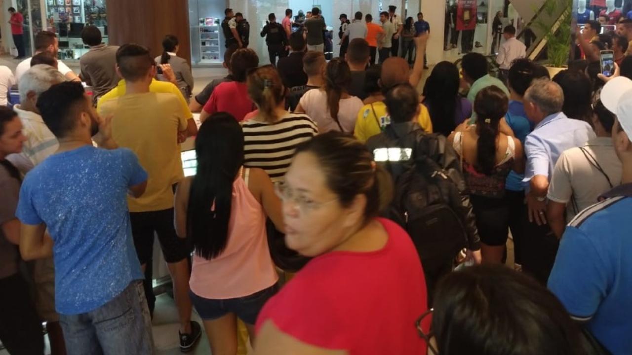 Homem invade shopping e mata ex-companheira em Maracanaú