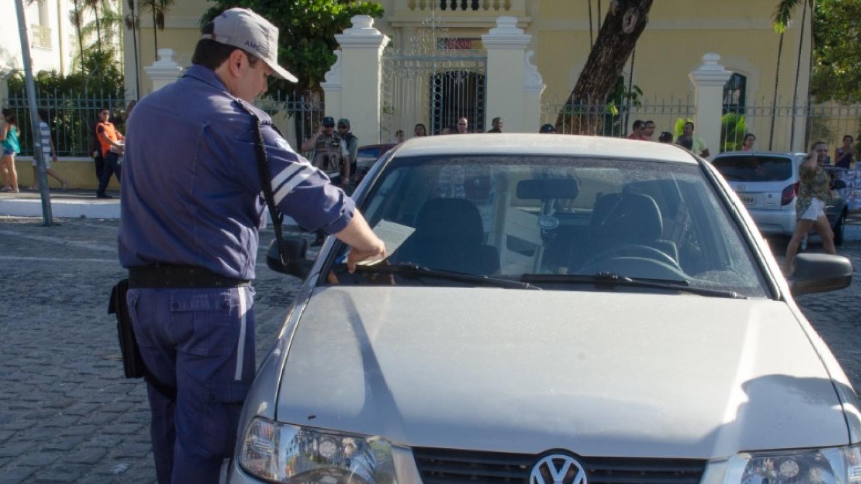 Arrecadação com multas cresce mais de 100% em quatro anos