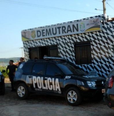 Nova Olinda: irmão de prefeito e diretor de Demutran são presos por vender veículos apreendidos