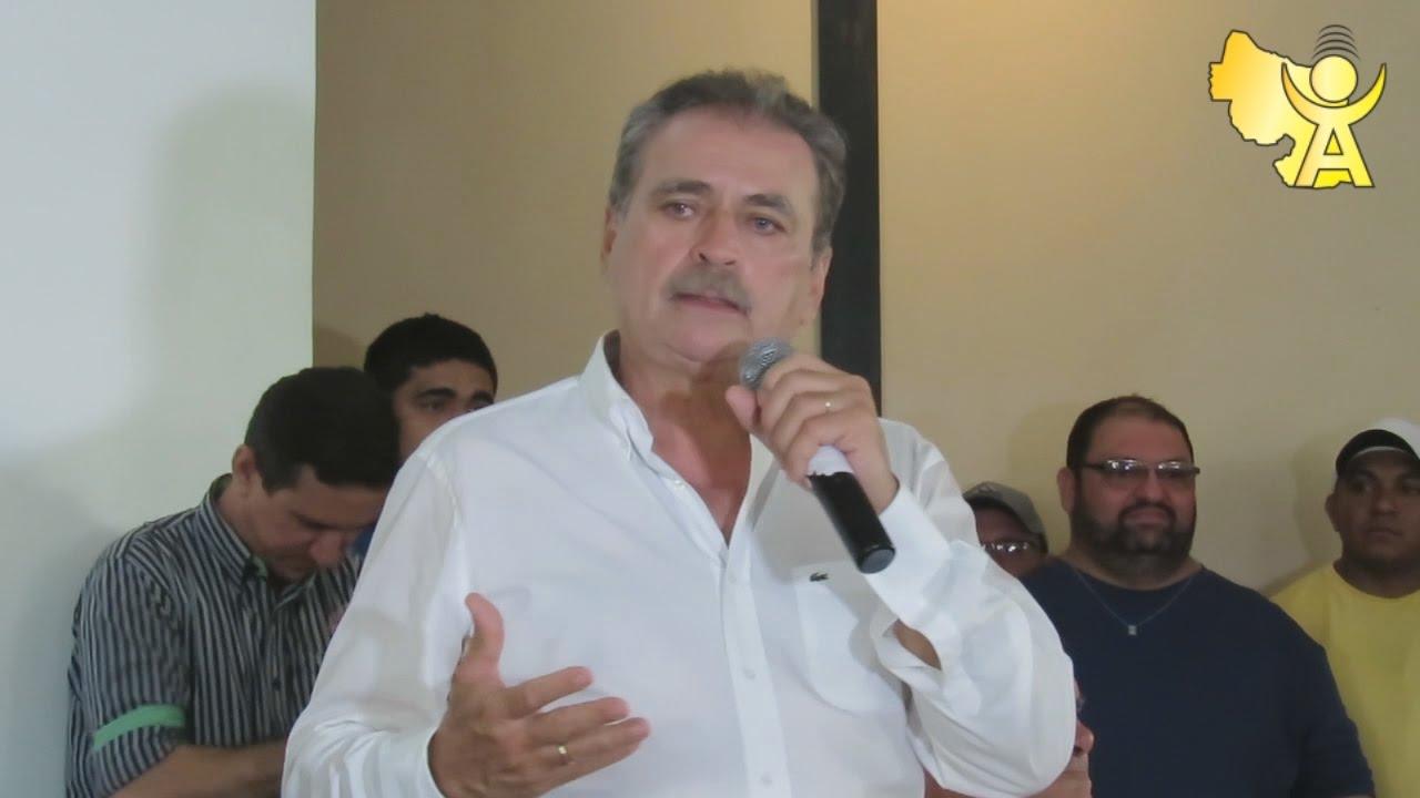 MPCE acusa prefeito de Santa Quitéria de gastos exagerados com contratações de servidores e acarretando um dano de R$ 135 milhões.