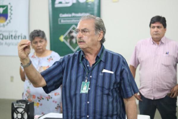 MPCE pede novo bloqueio de bens e afastamento do prefeito e secretário de Santa Quitéria