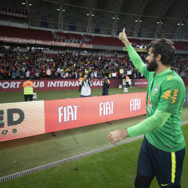 Melhor goleiro do mundo: dois brasileiros disputam título da Fifa