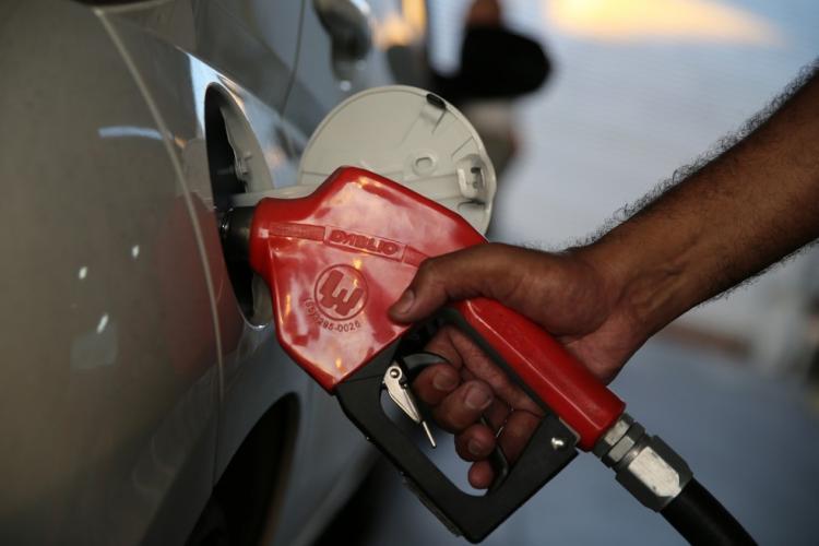 O litro da Gasolina fica mais cara na Capital e chega a custar R$ 4,69
