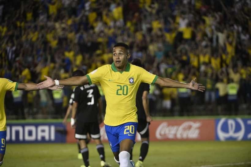 Brasil vence o México de virada e fatura o tetra campeonato Mundial Sub-17