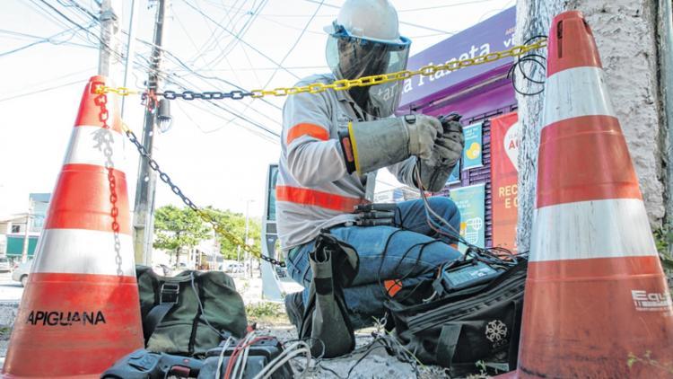 Enel identifica mais de 15 mil ligações irregulares em 2019 durante operação