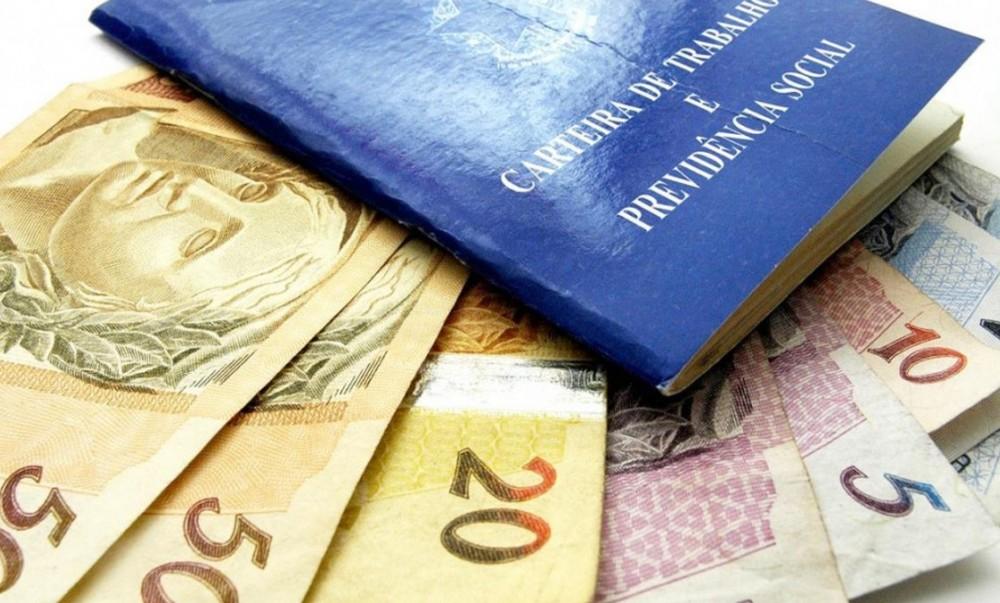 Senado vota, nesta segunda, auxílio de R$ 600 para trabalhadores informais