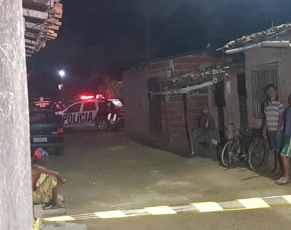 Casal é perseguido e adolescente é morta a tiros, no Ceará