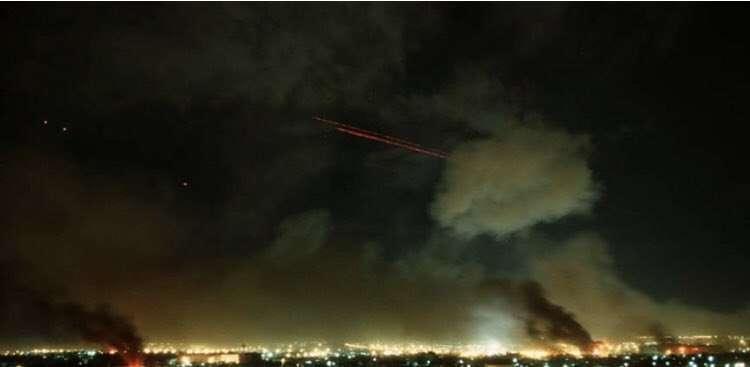 Assista a vídeos dos ataques de mísseis iranianos a bases dos EUA no Iraque