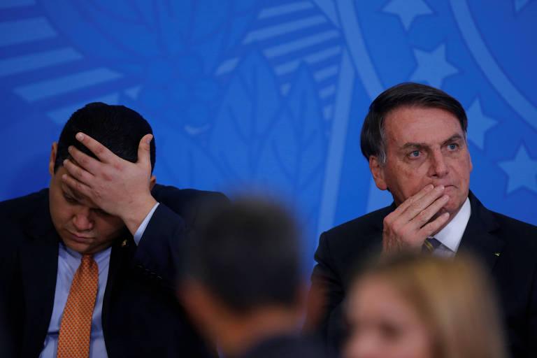 Bastidores: Bolsonaro diz que confiou em equipe de Guedes ao assinar MP sem ler