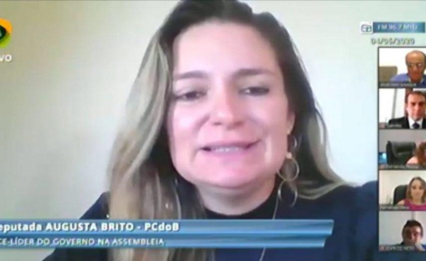 Filha de deputada do Ceará recebeu auxílio emergencial do Governo Federal