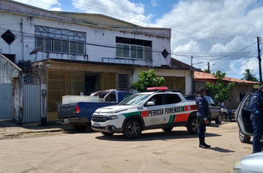 Comerciante é assassinado a tiros na Grande Fortaleza por ser amigo da polícia, dizem testemunhas