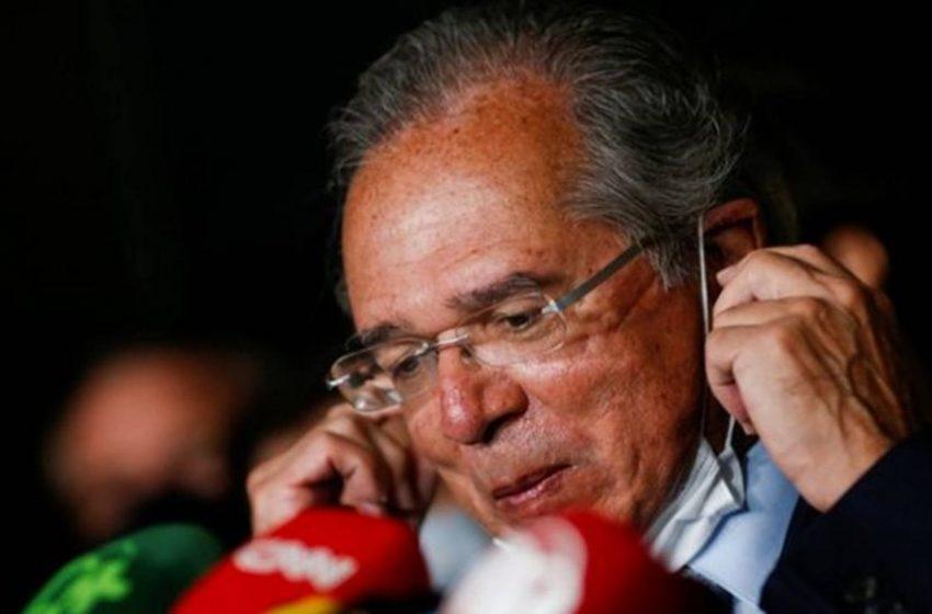 Guedes pode sair se governo optar por furar teto de gastos