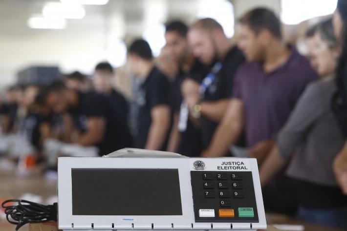 Procuradores regionais eleitorais são orientados a alertar candidatos para evitarem aglomerações
