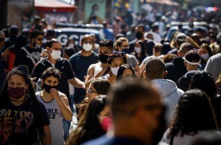 Brasileiros voltam a procurar trabalho e desemprego diante da pandemia bate recorde, diz IBGE