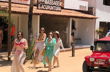 Governo do Ceará sanciona lei que prorroga licenças de viagem para operadores de fretamento e turismo