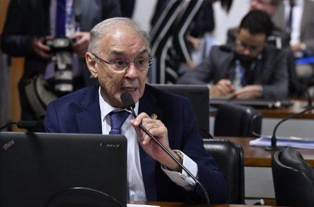 Senador Arolde de Oliveira morre em decorrência da covid-19